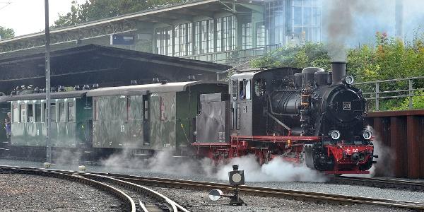 Die Weißeritztalbahn im Bahnhof Hainsberg
