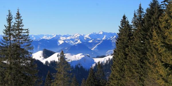 Aussichtspanorama am Winterwanderweg auf den Geigelstein zur Priener Hütte