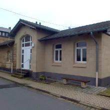 Der Steinmetzbahnhof in Weibern beherbergt ein Tuffsteinmuseum