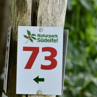 Markierung des Rundwanderwegs Nr. 73 des Naturpark Südeifel