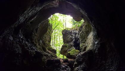 Blick aus der Cäciliengrotte (Höhle Nr. 4)
