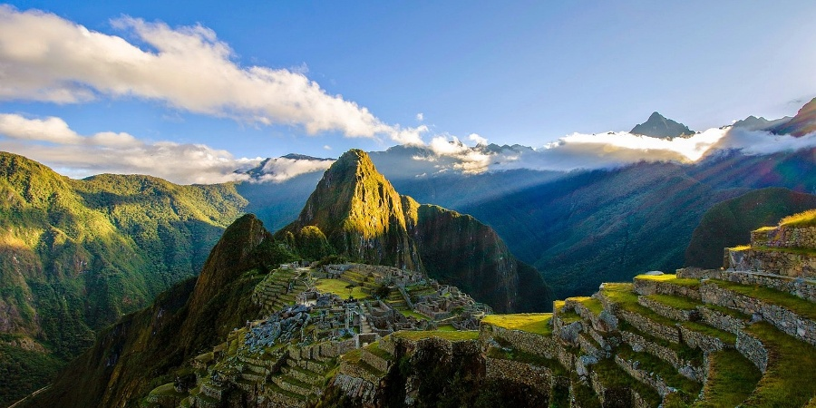 Machu Picchu: A mysterious City above the Clouds • Report »  outdooractive.com