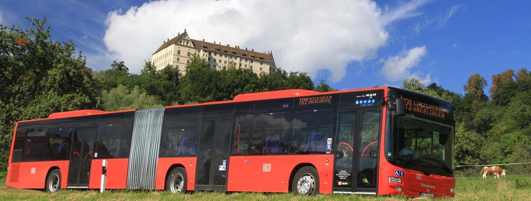 Bus unterhalb von Schloss Heiligenberg