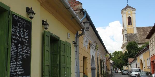Szentendrét csak hangulatos utcái miatt is érdemes meglátogatni