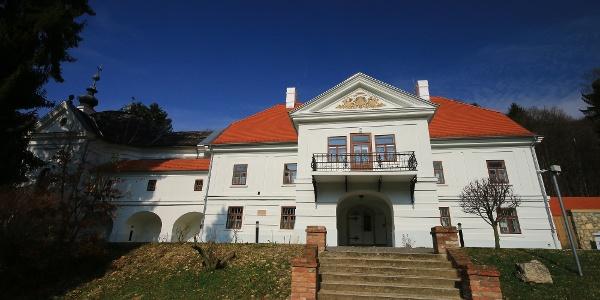 A püspökszentlászlói kastély