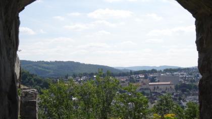 Blick auf's Gebäude der Bezirksregierung