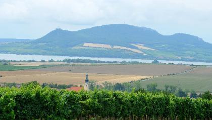Pohled na obec Popice