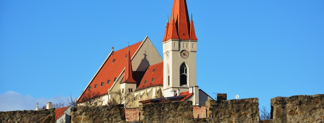 Kostel sv. Mikuláše ve Znojmě za hradbami