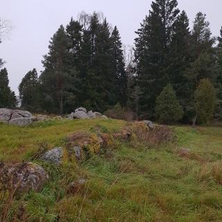 Rester av den gamla landsvägen till Häverödal
