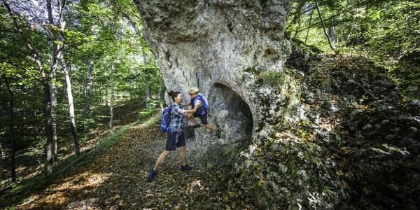 Gigantische Felsformationen auf dem Traufgängerle Hexenküche in Albstadt
