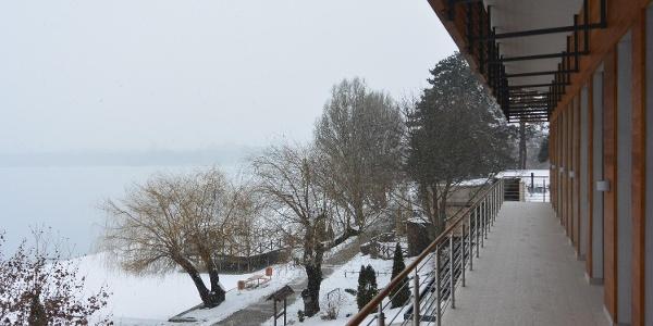 A tatai Új Kajakház Ökoturisztikai Központ télen