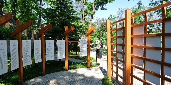 Versek a balatonfüredi Vaszary Villa kertjében