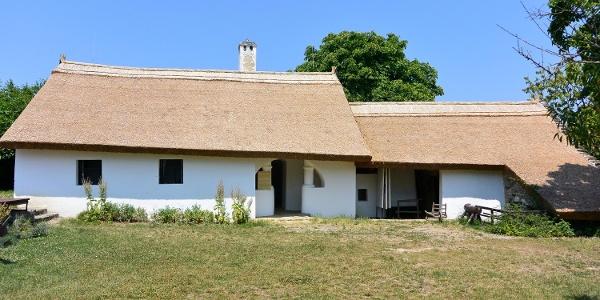 A Parasztgazda-ház a tihanyi skanzenben