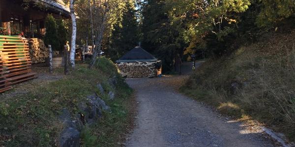 An der Seebuckhütte vorbei