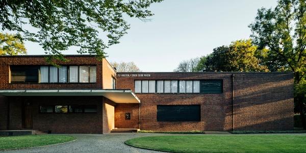 Haus / House Lange & Haus / House Esters (1928–30), Architekt / architect: Ludwig Mies van der Rohe
