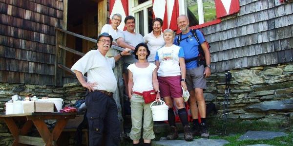 Großer Dank an das fleißige Markierteam, durch deren Arbeit die Wege rund um die Keinprechthütte stets gut zu finden sind.