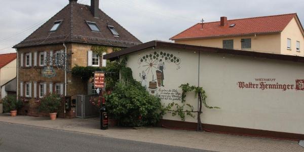 Weingut Walter Henninger - Außenansicht