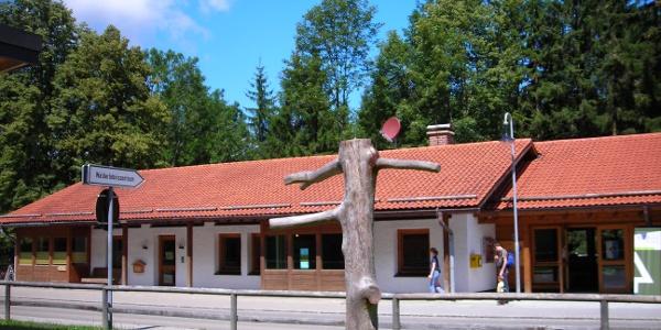 Walderlebniszentrum (Hauptgebäude mit Seminarräumen)