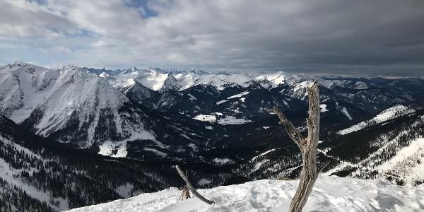 Blick über die Unnütze ins Karwendel