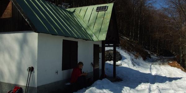 Hunting lodge on the Spodnja Božca Mountain pasture
