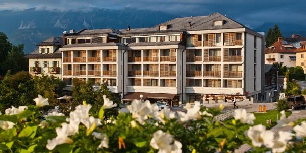 Best Western Premier Hotel Lovec.