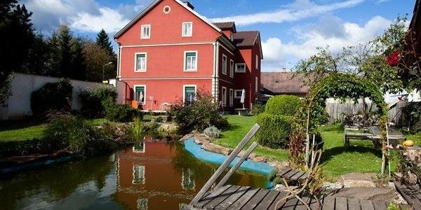 Ferienwohnungen Familie Wascher mit Garten