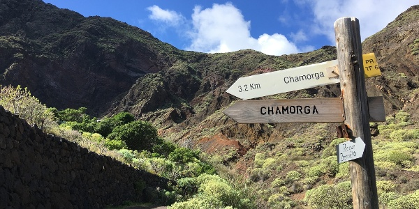 Beginning the ascent back to Chamorga