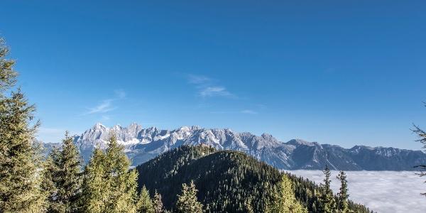 View of Hochwurzen with Hochwurzenhütte, Dachstein massif in the backdrop