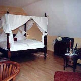 Himmelbett-Zimmer