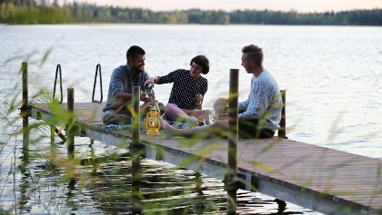 Make your own picnic by a lake