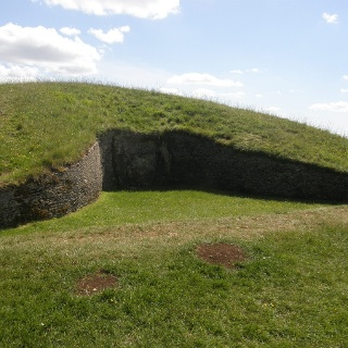 Belas Knap, a Neolithic burial chamber