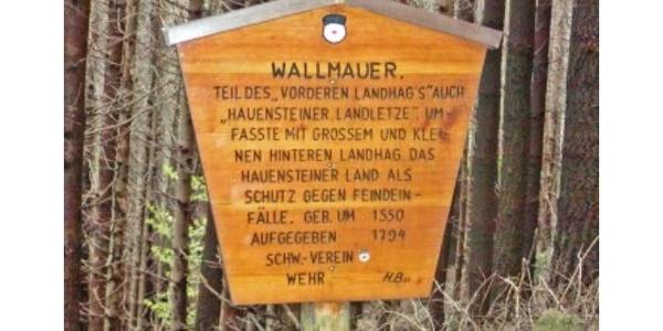Schild Wallmauer
