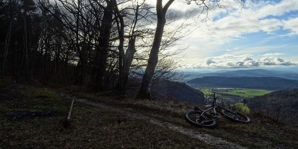0400 Auf dem Geissberg bei Chamerenfels