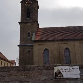 Dornheim Zentrum - Hier geht´s los