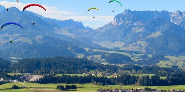 Kössen mit Blick auf das Kaisergebirge