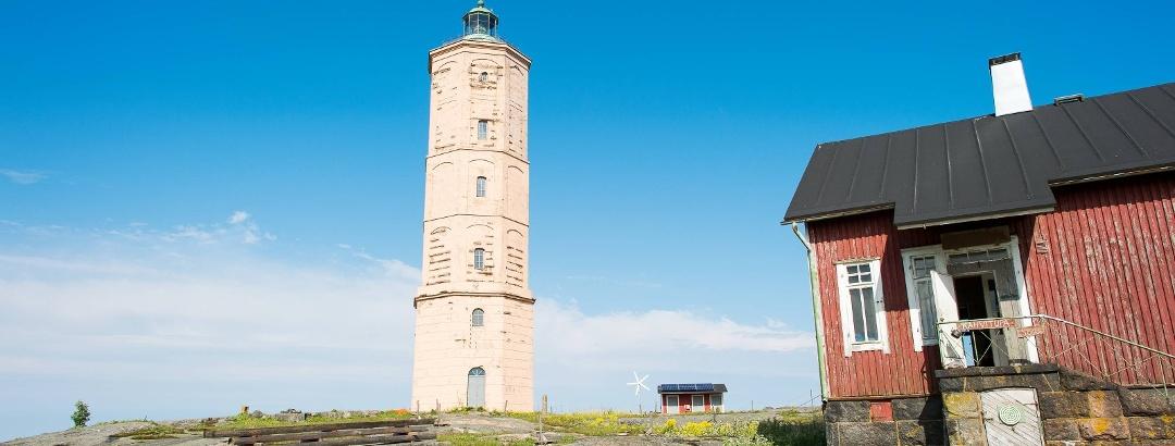 Leuchtturm an der Schärenküste