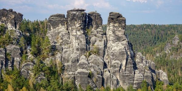 """Blick vom Basteifelsen zur """"Großen Gans"""""""