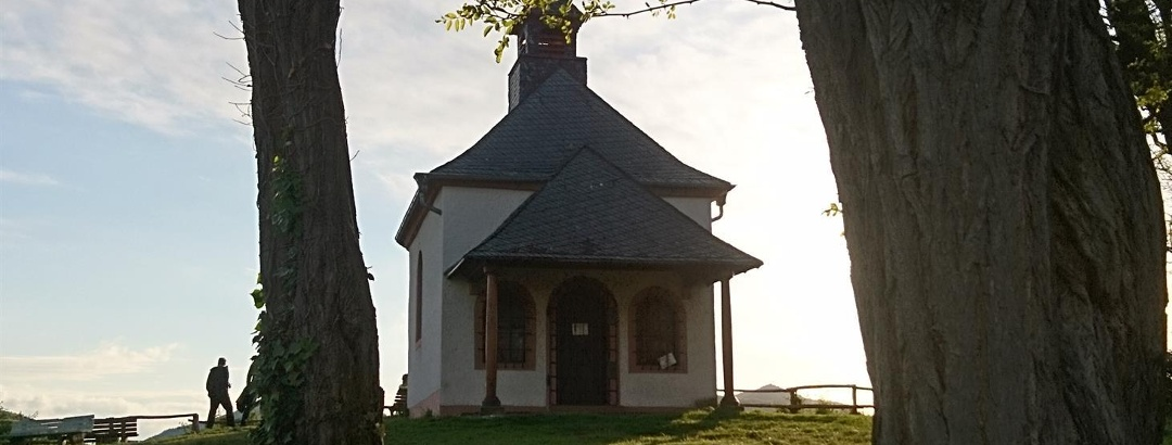 Kapelle bei Abendlicht
