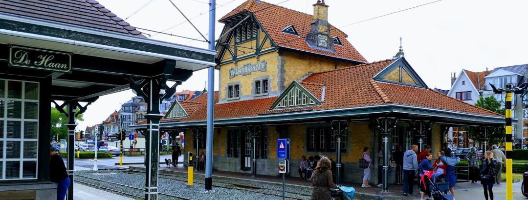 Het beroemde station van de Kusttram