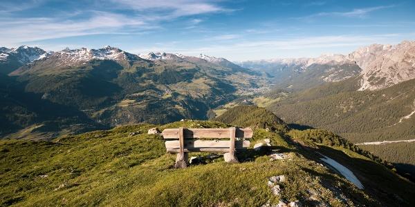 Auf dem Crap Putèr mit Ausblick über das Unterengadin.