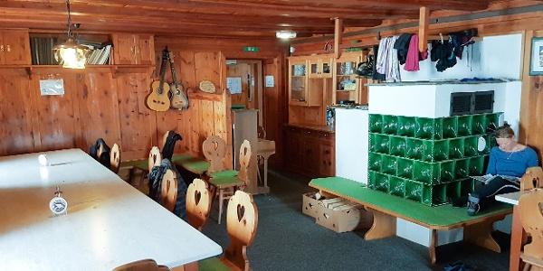 Hochstubaihütte - Gastraum