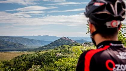 Parenzana look across the Valley