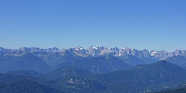 Morgendlicher Blick ins Karwendel