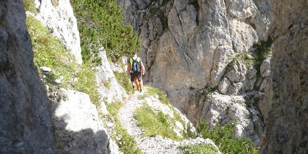 Un caratteristico passaggio del sentiero Corbellini