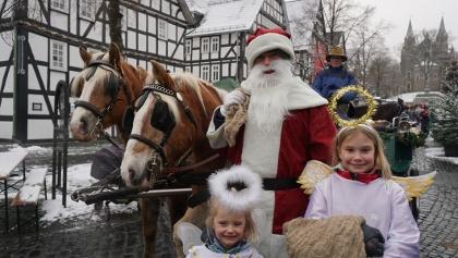 Nikolaus mit Pferdekutsche