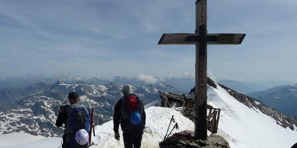 Monte Cevelade (3769 m)