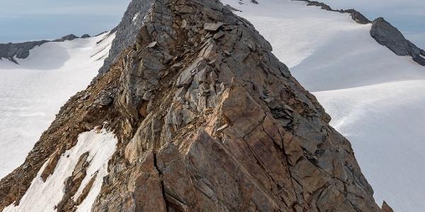 Detailansicht des kleinen Gratturms am Annakogel.