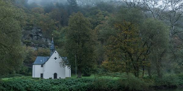 Die Kreuzkapelle am Wiedufer
