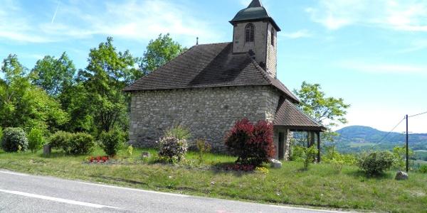 """Kapelle """"Le Malpas"""" bei Verzweigung nach Chaumont"""