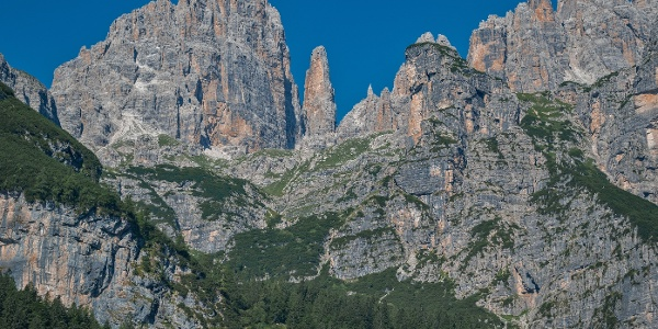 Auf dem Weg zur Hütte Croz dell'Altissimo